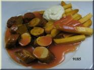 Currywurst weiss m. Pommes u. Majo
