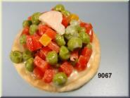 cracker with vegetables