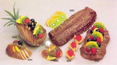 Rehrücken  mit Früchten
