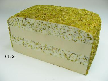 Pistazien-Käse-Laib  angeschnitten