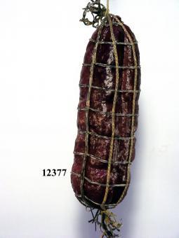 salami with net natur