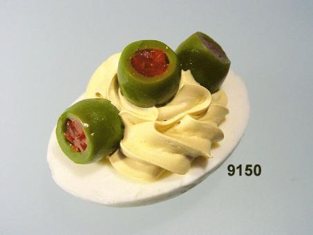 Ei  mit Olive grün
